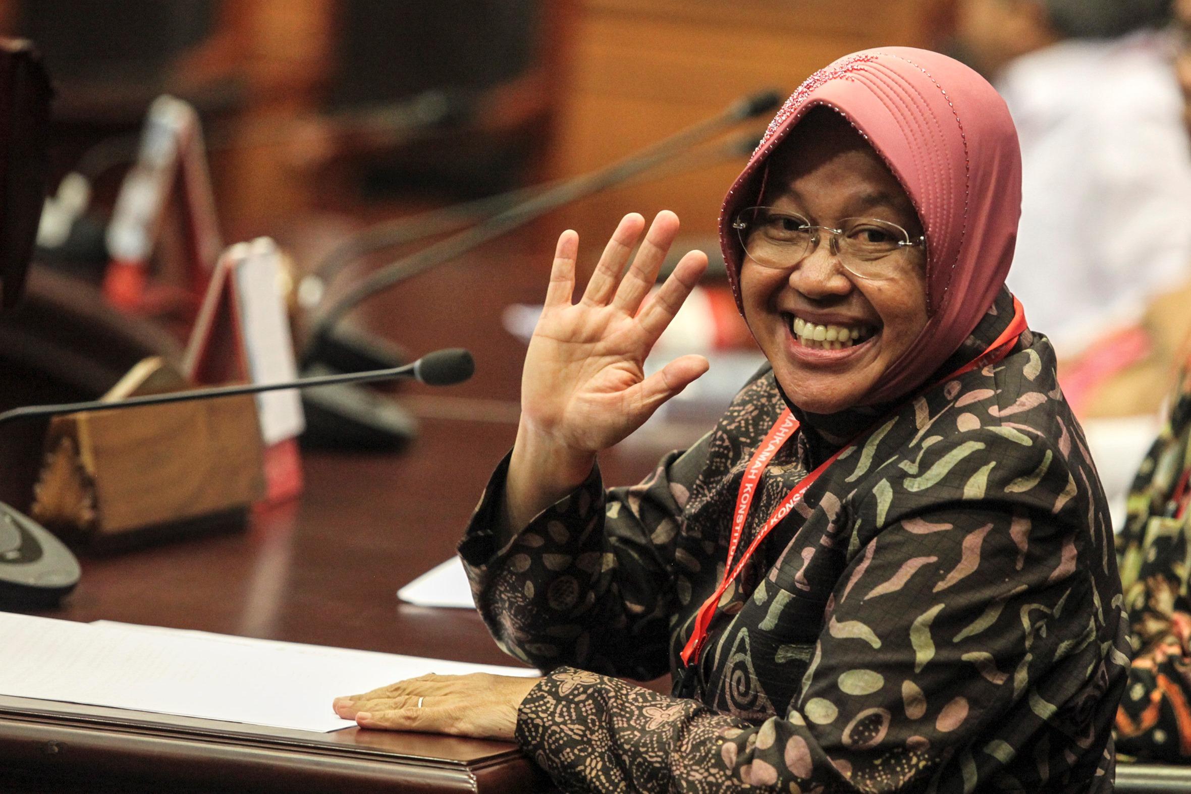 Doing Nahi Munkar: Beyond conventional rhetorics, this Muslimah mayor has shown how Islam became a life solution in Surabaya.