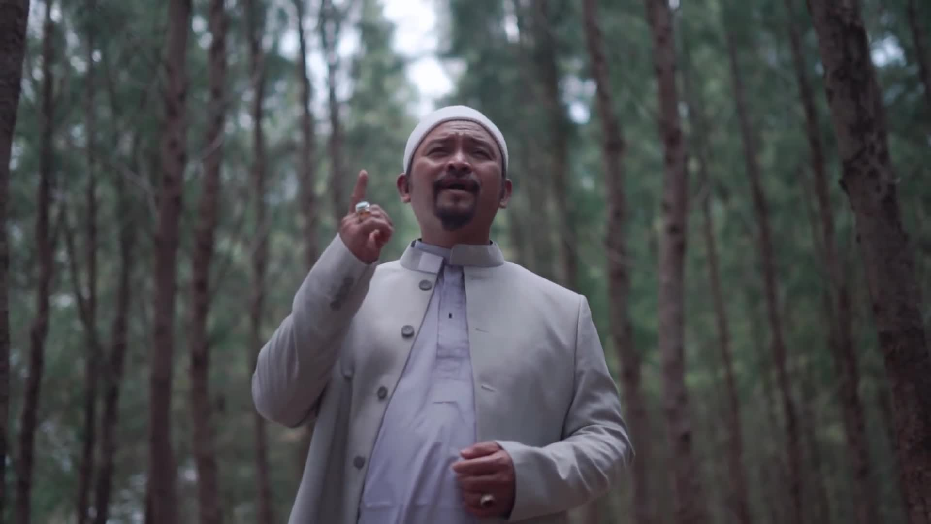 This nasheed celebrity walked away from fame. Here's why.